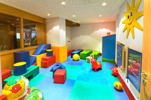 3 Hotel play room 1