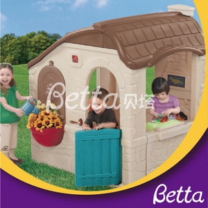 Bettaplay Popular design colorful outdoor plastic playhouse