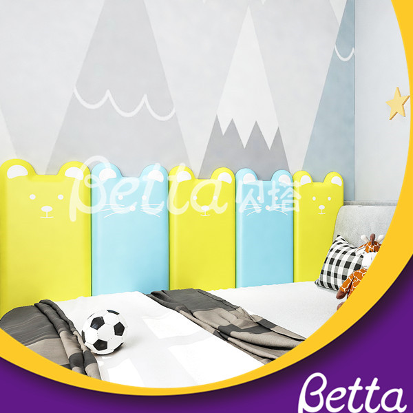 BettaPlay Self-sticking Soft Wall Covering