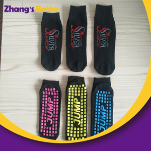 Hot Selling Non Slip Socks Kids Indoor Trampoline Jumping Sock